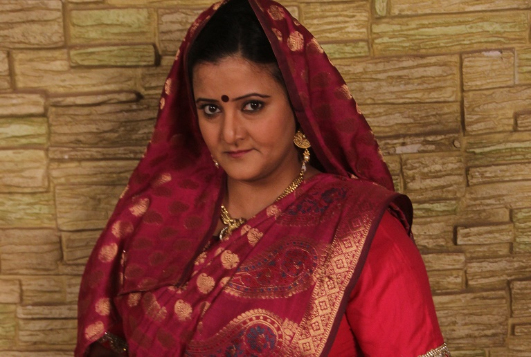 Smita Singh to create havoc in the lives of Thapki and Bihaan as Kosi Devi!