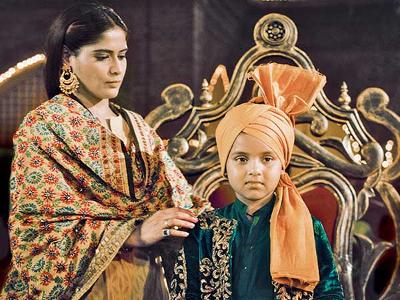 How will Amba sheild Manu's truth from the family in Waaris?