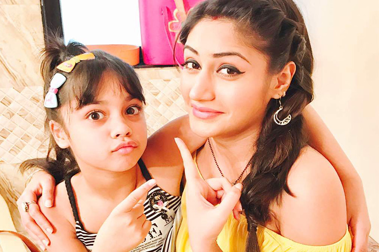#BREAKING: Meet the young Anika in 'Ishqbaaaz'