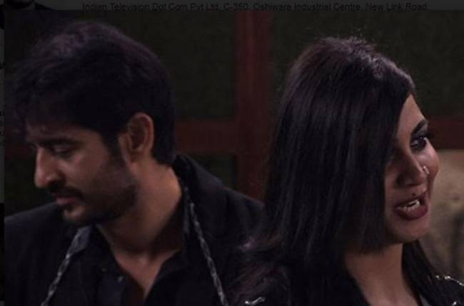Arshi REVEALS she is PREGNANT with HITEN's baby!