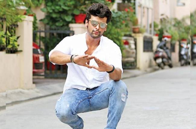 I am not fu*#!ng stupid, I mean I used to be but we broke up!: Kushal Tandon