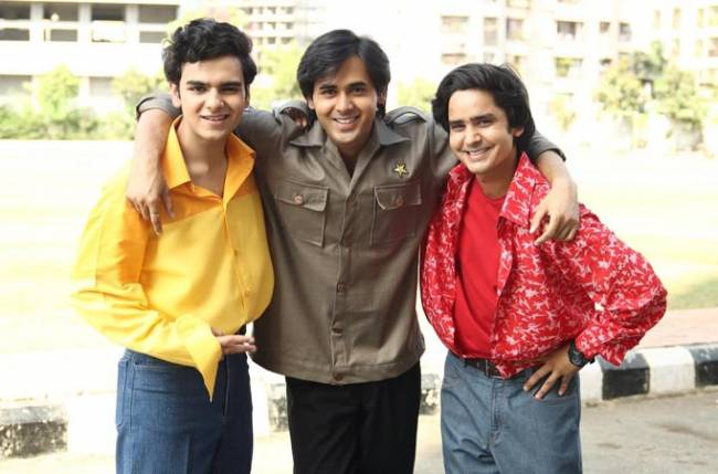 Randeep rewinds to the 90s with video games