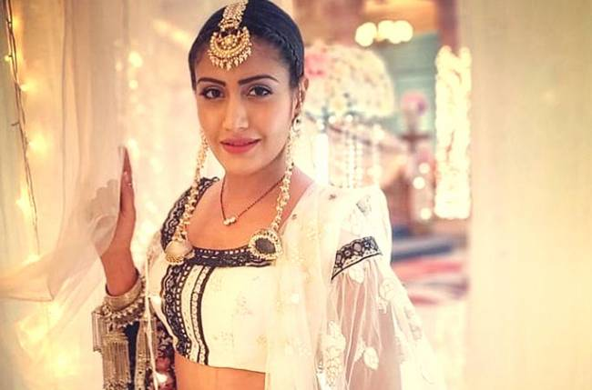 Ishqbaaaz cast bids Surbhi Chandna an emotional goodbye