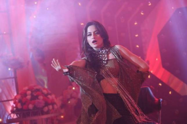 Sanjeeda Sheikh shows off her dancing skills in Colors' Tantra