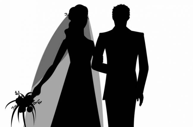 Soon-to-be-married TV couple's sweet gesture for Bollywood stars