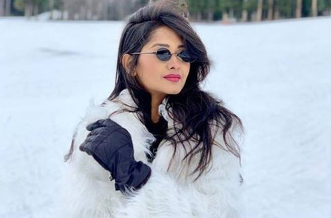 Kanchi Singh celebrates her birthday in an 'awesome way' as she tries Snow Limo