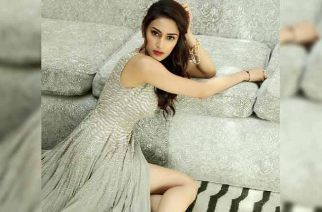 THESE photos of Erica Fernandes will captivate you