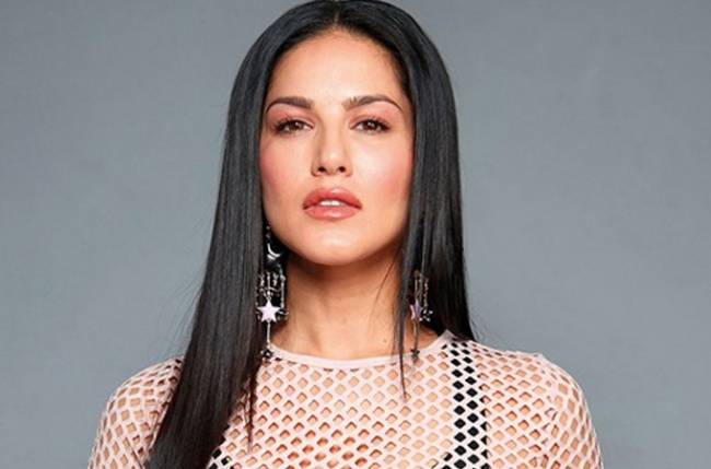 Sunny leone to perform musical broadway 'Abhimanyu'