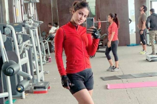 Hina Khan's WORKOUT videos are pure INSPIRATION